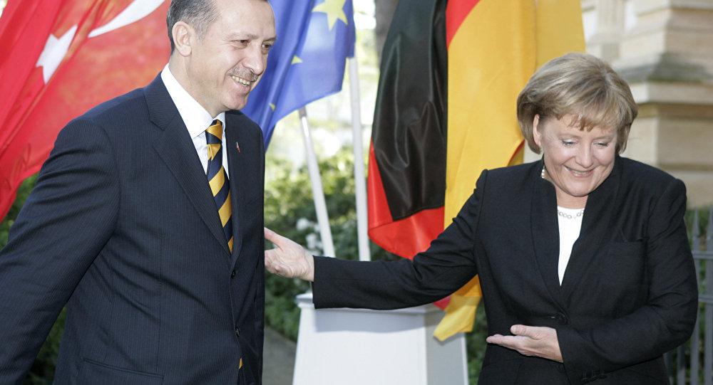 Alman Türk İlişkileri Düzeliyor mu Liderler Telefonda Görüştü