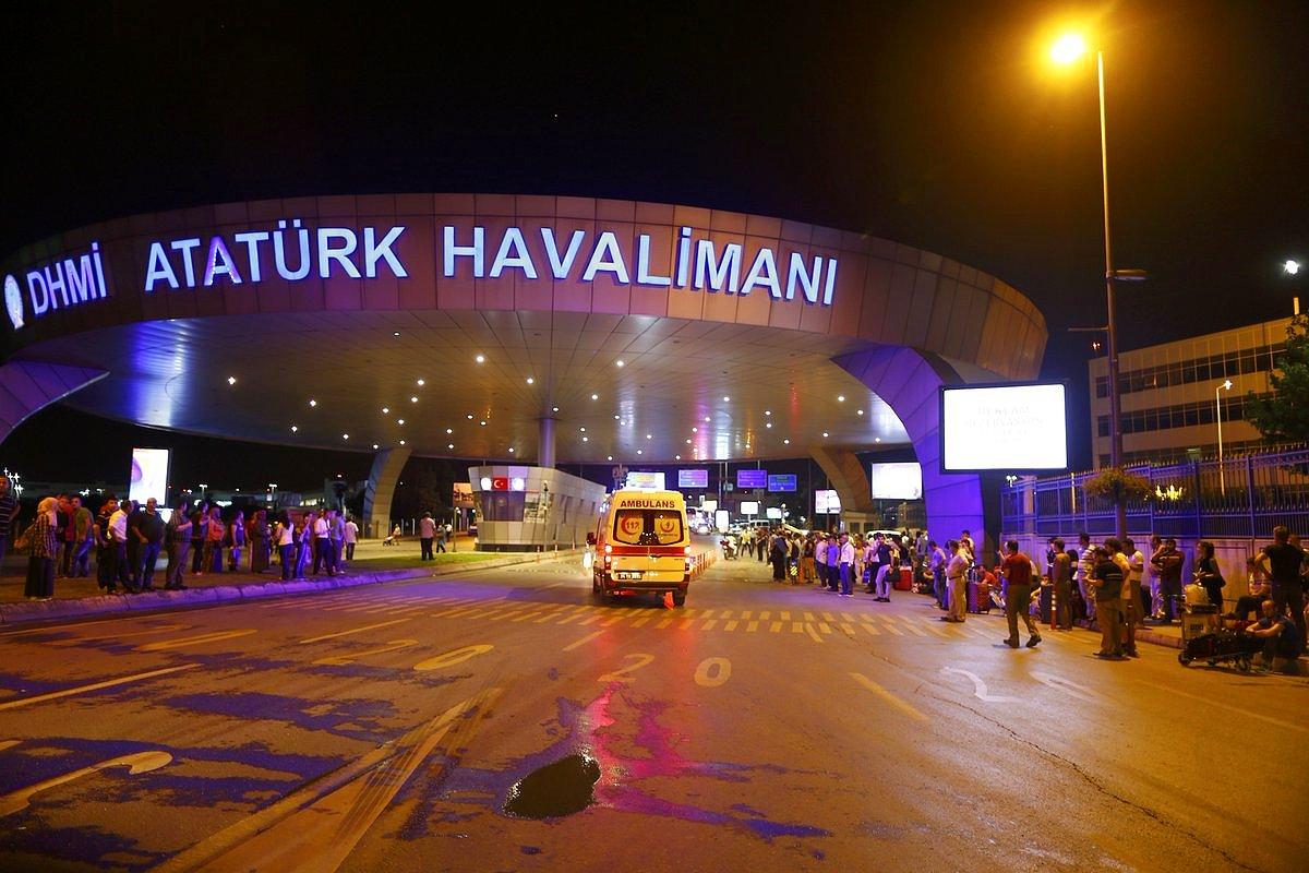 Atatürk Havalimanında Korkutan Bomba Paniği