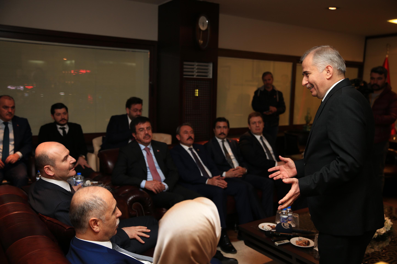 Denizli Büyükşehir Belediye Başkanı Osman Zolan'a övgü