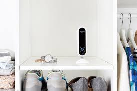 Araştırmacılar, herkesin akıllı güvenlik kameralarının internet canlı akışını izleyebileceğini düşünüyor