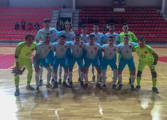 Futsal U19 Milli Takımı, Karadağ'ı 4-2 yendi