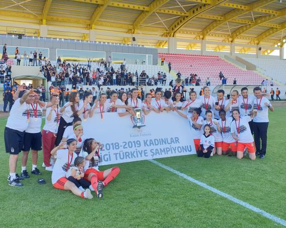 Kadınlar 1. Ligi'nde şampiyon Beşiktaş