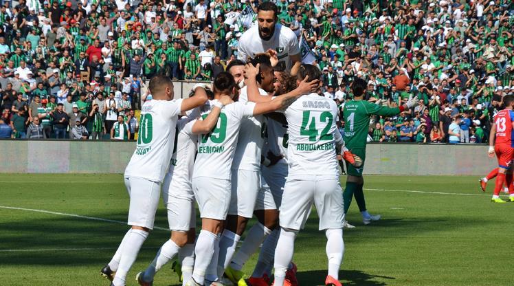 Denizlispor Şampiyon Olarak Süper Lig'e Yükseldi