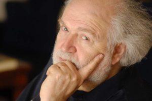 Besteci Yannis Markopoulos 80 yaşında ve büyük bir kutlamayla işaret ediyor